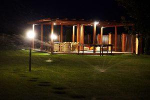 Ландшафтный дизайн: освещение